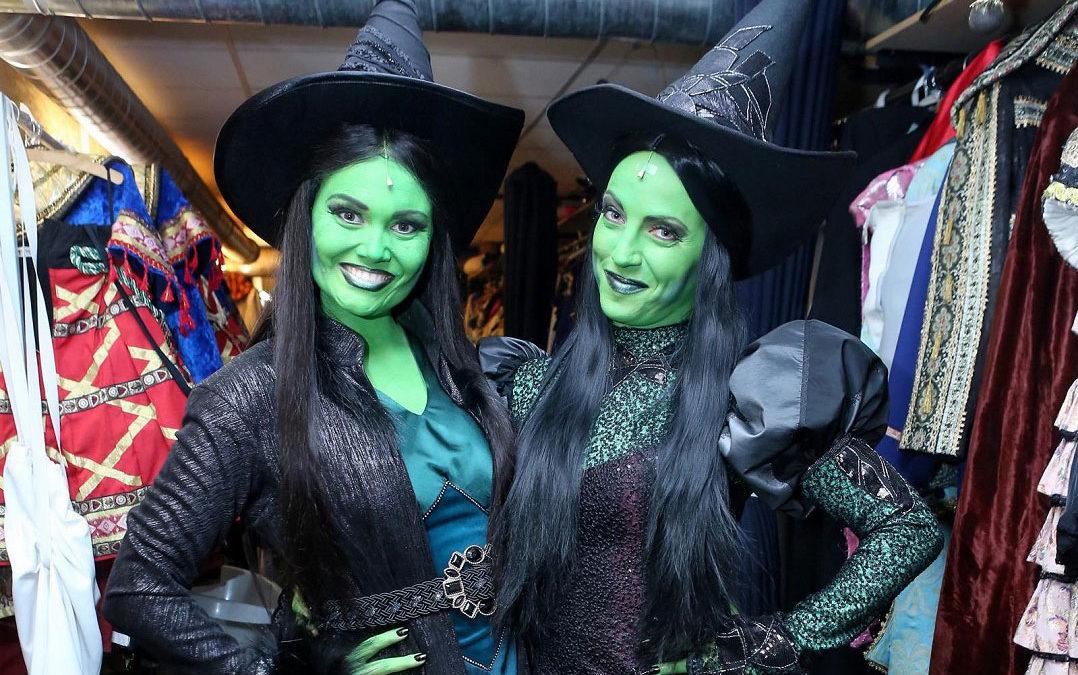 Zelenější než Fiona: Make-up z muzikálu Čarodějka se nanáší 40 minut, odličování je o dost horší